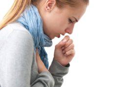 С помощью кашля очищаются дыхательные пути