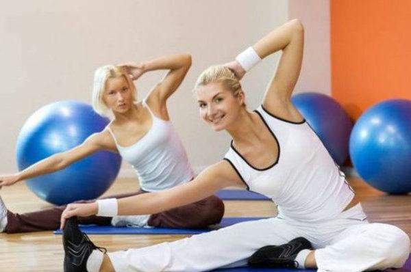 Все упражнения нужно выполнять в положительном настрое