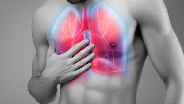 Заболевания легких могут сопровождаться болями в спине