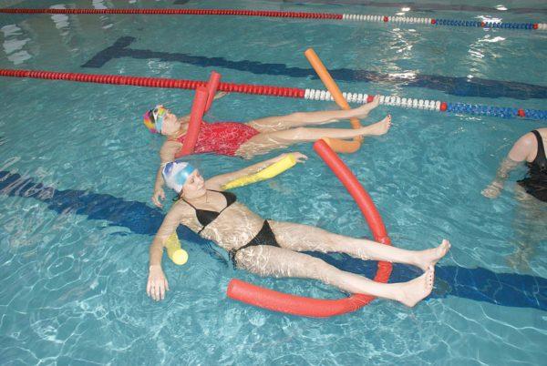 Занятия в бассейне дают хороший лечебный эффект при патологиях позвоночника