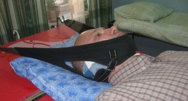 Петля Глиссона обеспечивает вытяжение позвоночника за счет собственного веса пациента