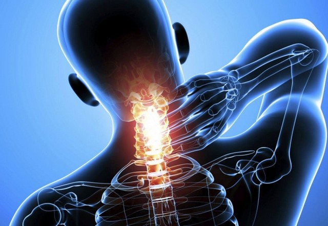 Боль в шее при наклоне головы вперед: причины