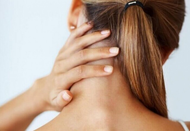 Неправильная работы системы кровообращения ведёт к болям в шее и в голове