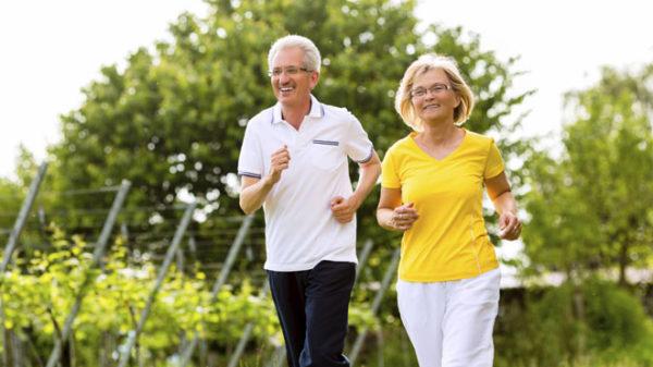 Активный образ жизни позволит сохранить здоровье позвоночника до старости