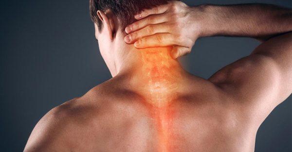 Боль в зоне шеи сзади