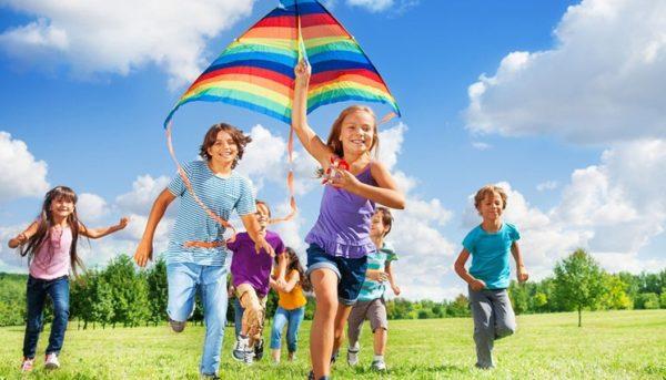 Для правильной осанки очень важна физическая активность