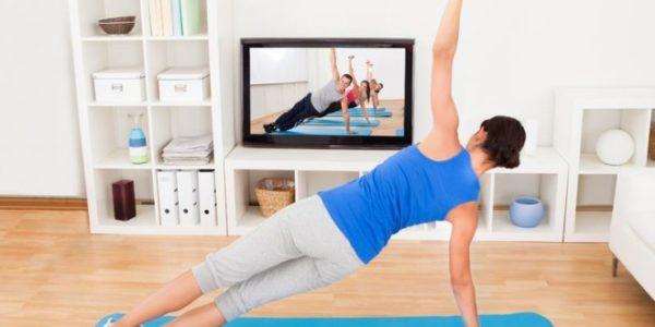 Одним из видов терапии при грыже Шморля является лечебная гимнастика