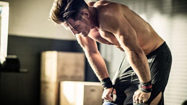 Причиной болей в спине часто является мышечное переутомление