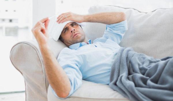 Плохое самочувствие - один из симптомов опухоли позвоночника