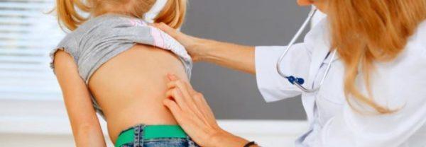 В детском и подростковом возрасте причиной грыжи может являться непропорциональный рост хрящевой и костной ткани