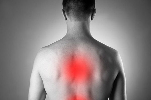 С развитием патологии человека все чаще беспокоят боли в спине, особенно при длительном нахождении в вертикальном положении