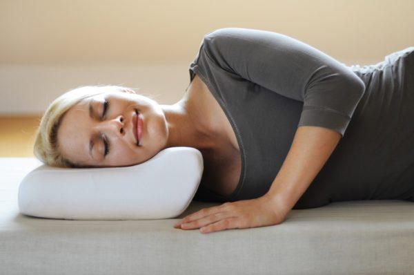 Сон на ортопедической подушке позволит получить полноценный отдых