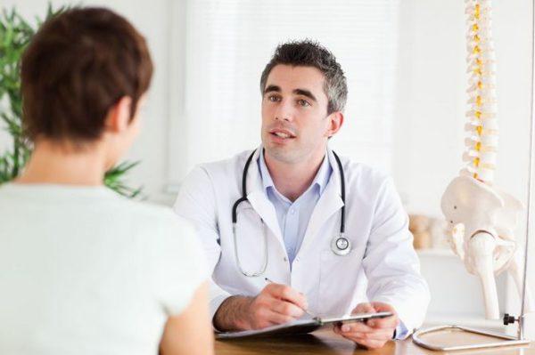 Только врач может точно поставить диагноз и определить степень поражения позвоночника