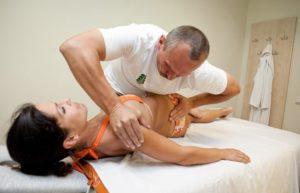 Вытяжение позвоночника (мануальная терапия)