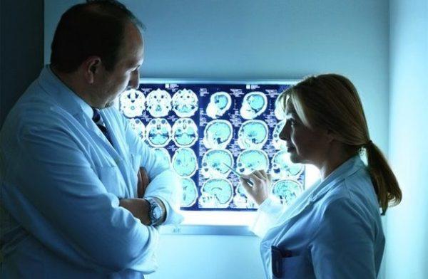 При помощи данных МРТ мозга врач сразу сможет оценить степень выраженности нарушения