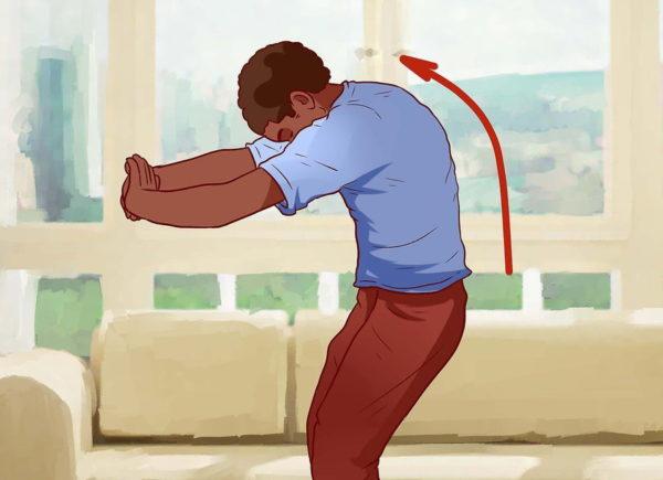 Регулярно растягивайте спину