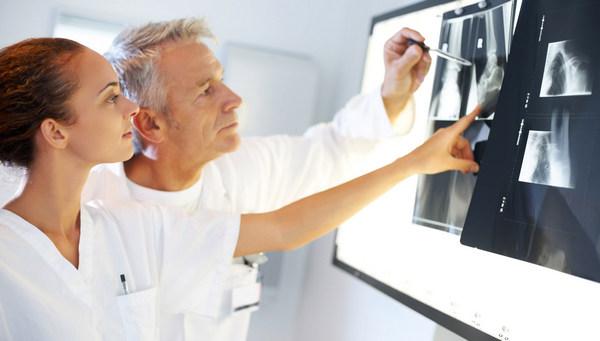 Для диагностики состояния атланта прибегают к МРТ и рентгенографии
