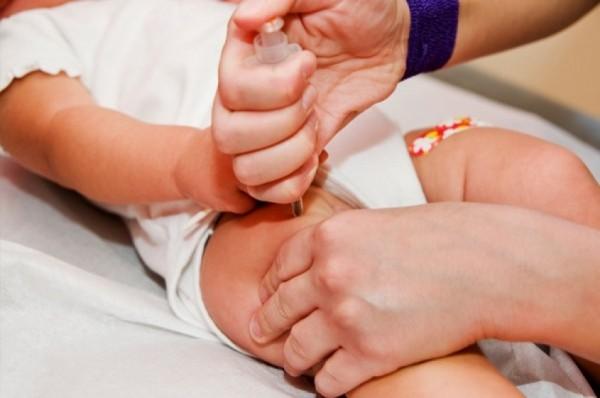 Осложнения после вакцинации случаются очень редко