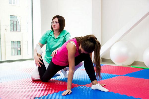 Чтобы предупредить одышку в то время, когда остеохондроз уже обнаружен, нужно больше времени уделять лечебной физкультуре