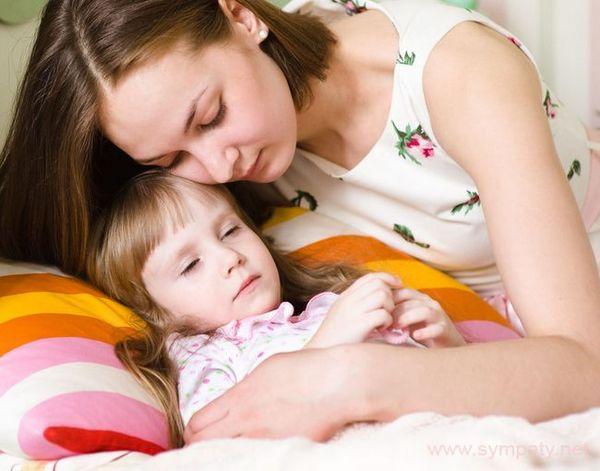 После вакцинации родителям стоит относиться к детям с повышенной внимательностью