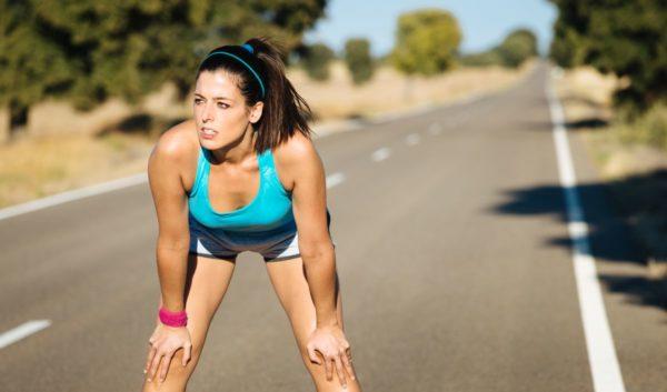 Во время пробежки важно прислушиваться к своим ощущениям, а не равняться на других или пытаться обойти их в скорости