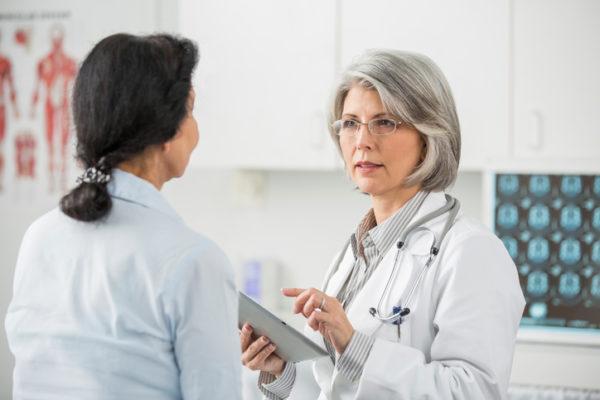 Между курсами терапии необходимо проходить регулярные обследования в клинике