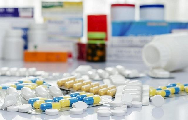 Медикаменты помогут купировать симптомы и повлиять на причину болезни