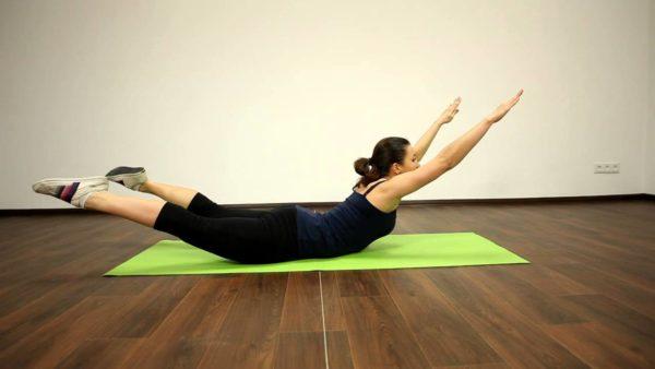 Регулярные занятия лечебной физкультурой помогают снизить болевые проявления