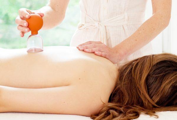 Для полноценного расслабления мышц больному ничего не должно мешать во время процедуры