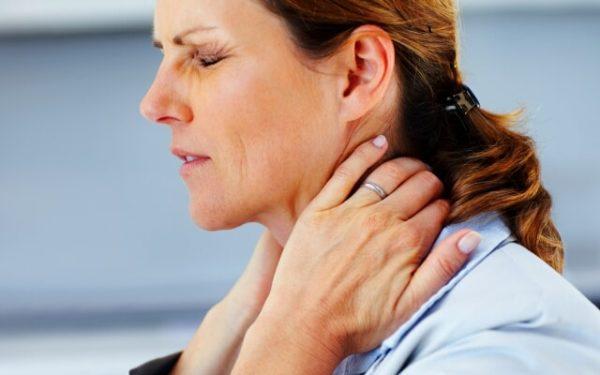 Регулярные занятия гимнастикой позволят быстро избавиться от мучительных болей в шее