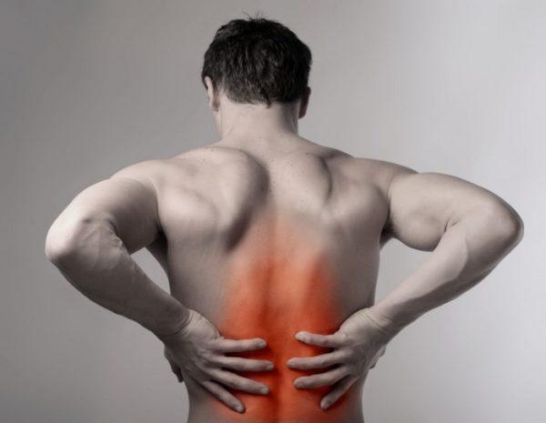 Лордоз развивается после растяжения или разрыва мышц вдоль позвоночника