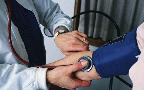 Нестабильность артериального и венозного давления часто наблюдается у пациентов с протрузией в шейном отделе позвоночника