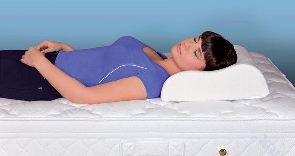 Полноценный отдых на ортопедическом матрасе и подушке способствует поддержанию здоровья позвоночника