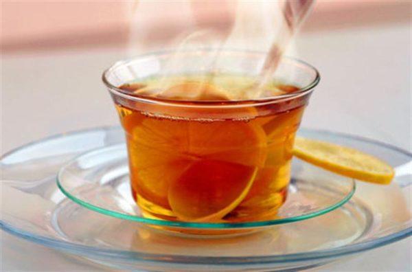 Горячий чай усиливает кровоток и обеспечивает тепловой прилив