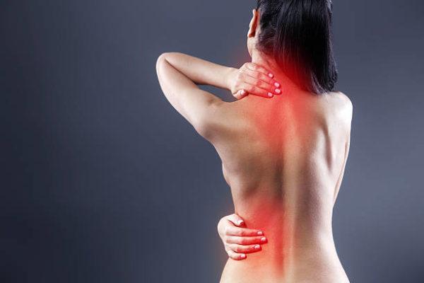 Дискомфорт после массажа может возникать по причине постепенного улучшения состояния спазмированных мышц