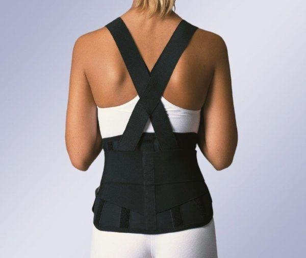 Корсеты и пояса целесообразно носить только во время острой боли в спине