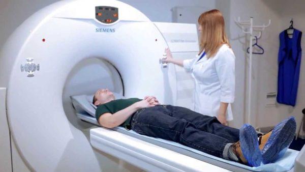 МРТ - наиболее точный метод выявления протрузии грудного отдела