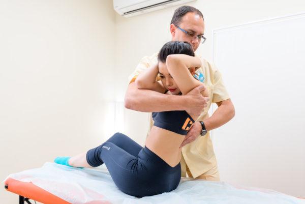 Мануальная терапия показана для купирования приступов торакалгии