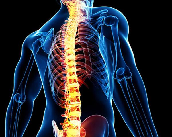 При остеосклерозе повышается вероятность появления хронических травм и переломов