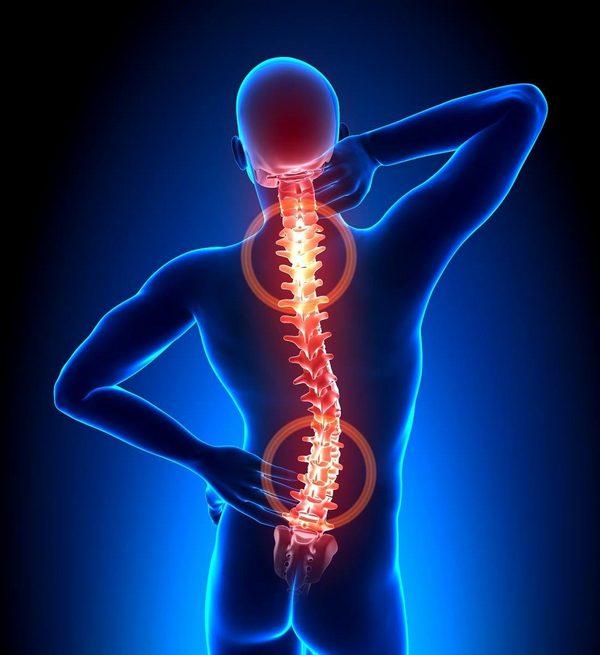 Неметь спина может из-за нарушений работы нервных корешков и окончаний