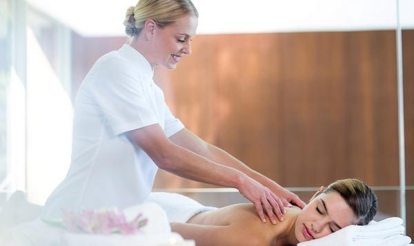 Специалист точно знает, как проводить сеанс так, чтобы пациент не испытывал дискомфорта ни во время процедуры, ни после нее