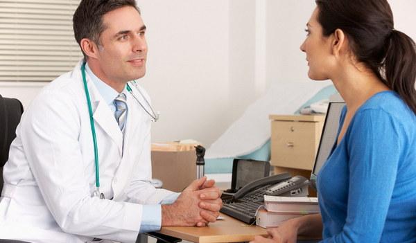 Чтобы не допустить осложнений после операции, важно пройти тщательное обследование и заранее все обговорить со специалистом