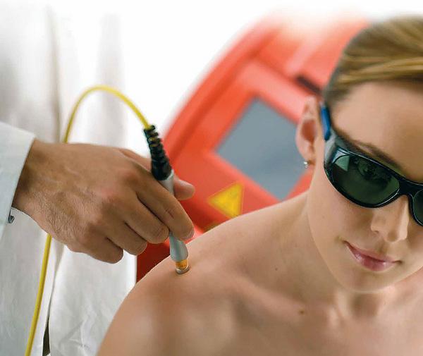 Специалист должен подобрать необходимые параметры облучения для каждого пациента
