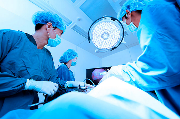 Нуклеопластика – один из наиболее известных операционных методов лечения межпозвоночной грыжи