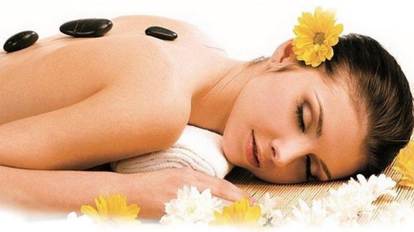 Существует множество видов массажа, и каждый по-своему влияет на состояние спины, несомненно улучшая его