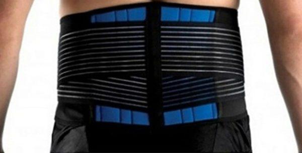 Аллергикам стоит обратить внимание на пояса и бандажи из неопрена