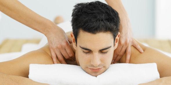 Как делать массаж спины мужчине в домашних условиях видео