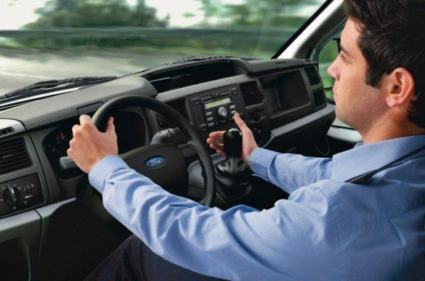 У большинства профессиональных водителей наблюдаются проблемы с позвоночником