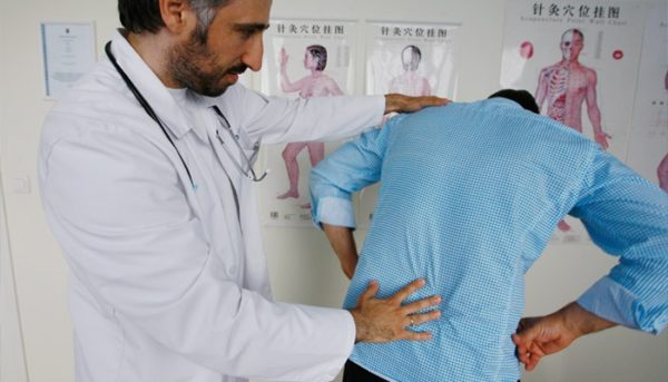 Если есть противопоказания, обратитесь к врачу для подбора комплекса упражнений индивидуально