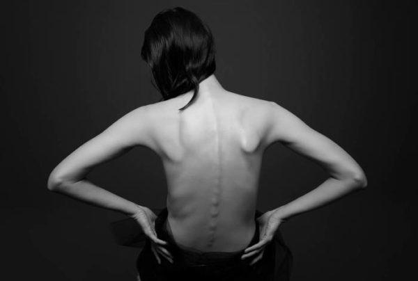 Если мышцы спины не тренированные, то высок риск развития заболеваний позвоночника